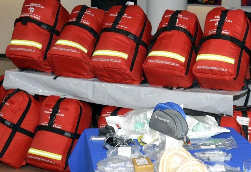 Cascallares entregó equipamiento e insumos para los Centros de Salud municipales