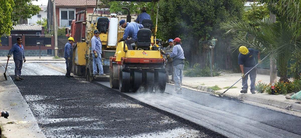 """Cascallares: """"Avanzamos todos los días con las 600 cuadras de asfalto en Brown"""""""