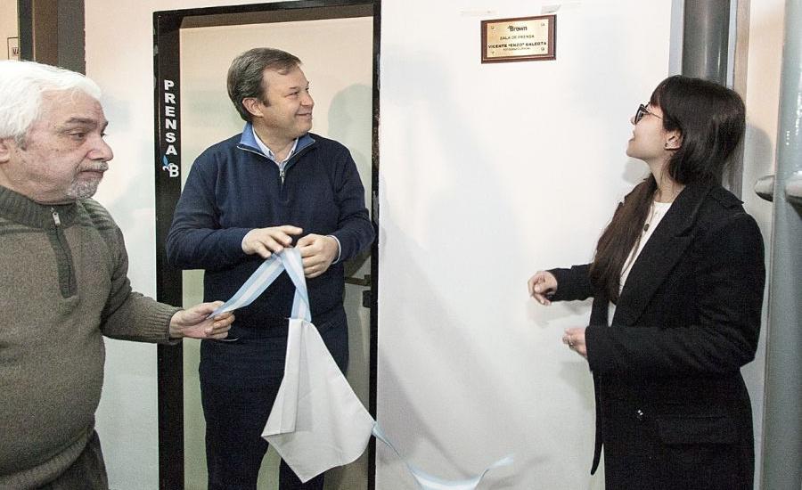 El Municipio brindó un emotivo y merecido homenaje al fotógrafo oficial Enzo Galeota