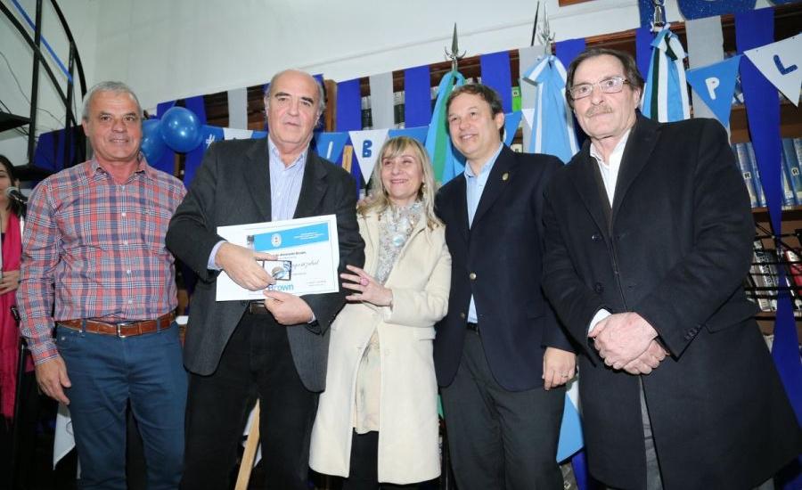 Cascallares celebró el centenario de la Biblioteca municipal y anunció incorporación de flamante bibliomóvil