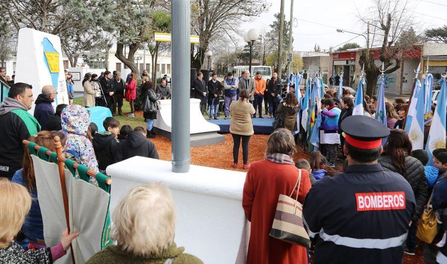 El municipio de Alte Brown celebró los 108 años de Longchamps