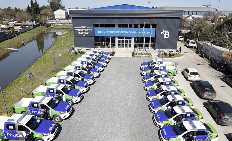 """Cascallares: """"Sumamos 20 móviles policiales para la prevención en Alte Brown"""""""