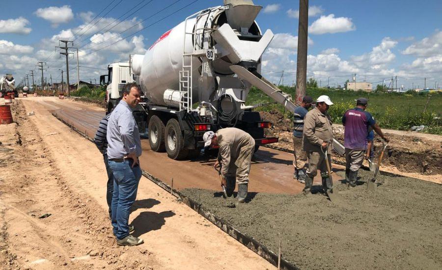 El municipio de Brown asfalta arterias que comunican estaciones de Longchamps, Burzaco, Calzada y Claypole