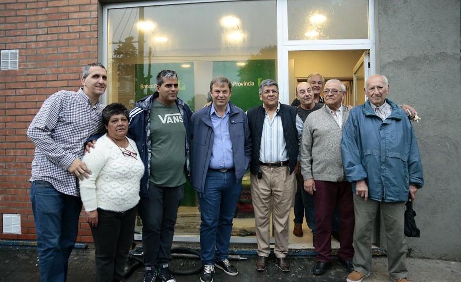 Los vecinos ya utilizan los cajeros instalados en la delegación municipal de San José