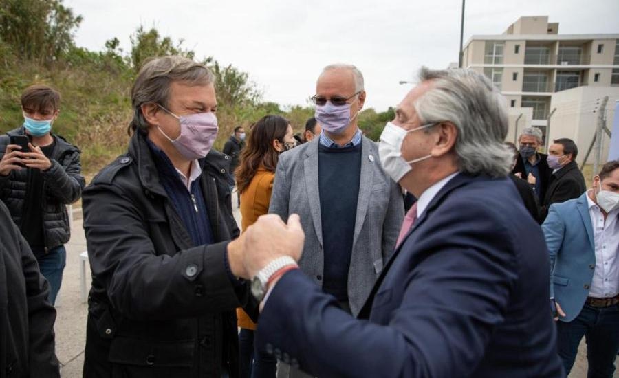 Cascallares junto a Alberto Fernández en programa de construcción de viviendas