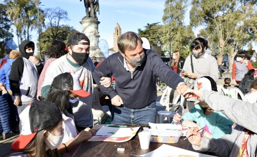 Cascallares participó de una jornada cultural inclusiva junto a vecinos de Alte Brown