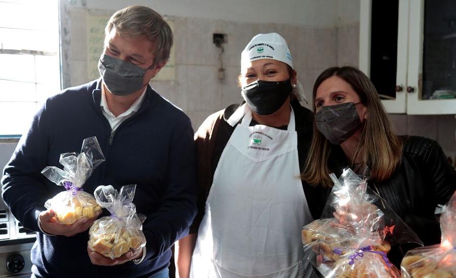 Cascallares y Raverta recorrieron jornada de servicios de Anses y visitaron cooperativa gastronómica