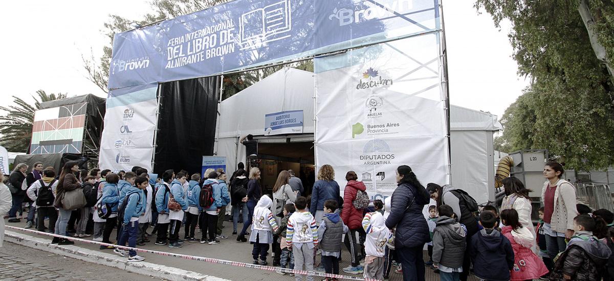 Llega la Feria Internacional del Libro con stands de editoriales, charlas y actividades para la familia