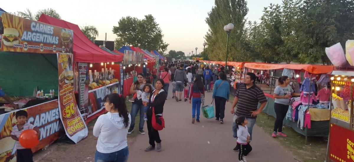 Encuentros  de  emprendedores en Longchamps y Solano
