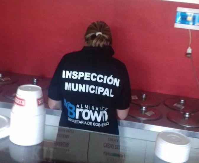 Controlan las condiciones de trabajo y calidad de productos en heladerías