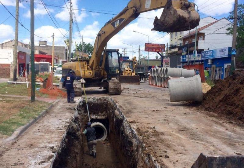 Avanza una histórica obra hidráulica para Rafael Calzada
