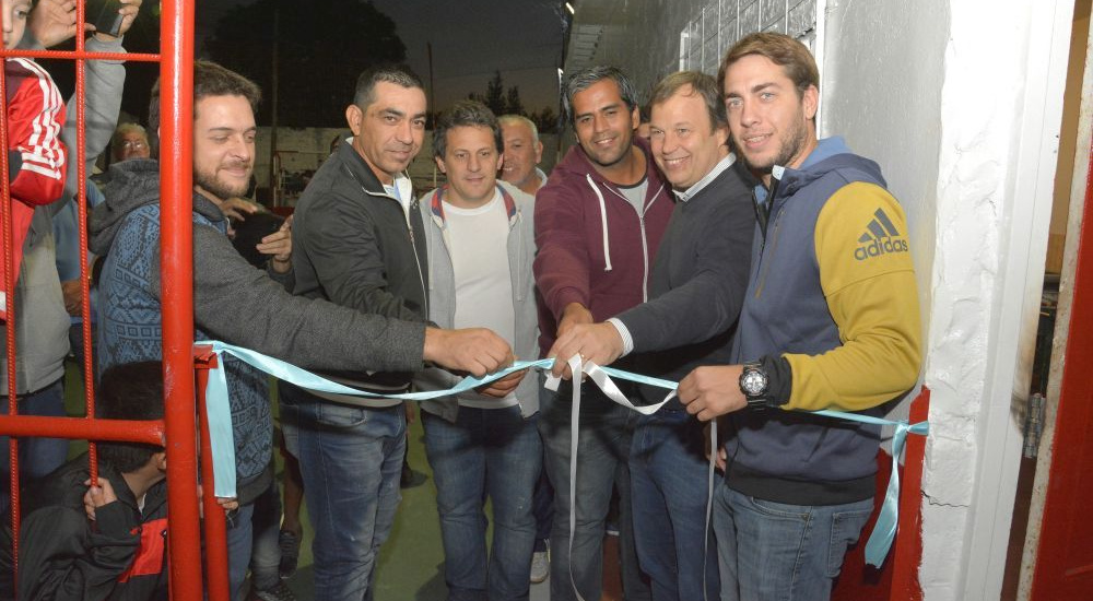 Se inauguraron las obras que realizó el Municipio en la sociedad de fomento la tablada de San José