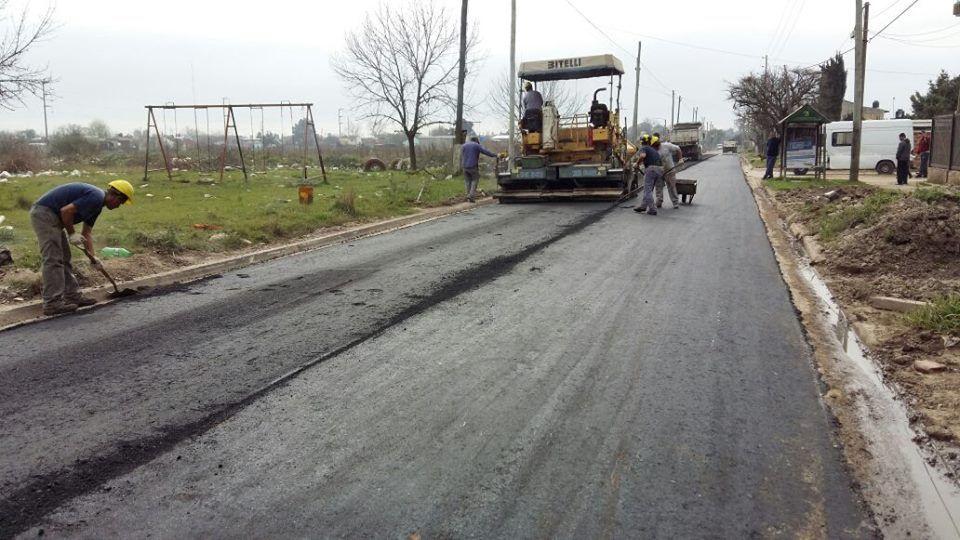 Finalizan obra de asfalto en Burzaco y arranca plan de 100 cuadras