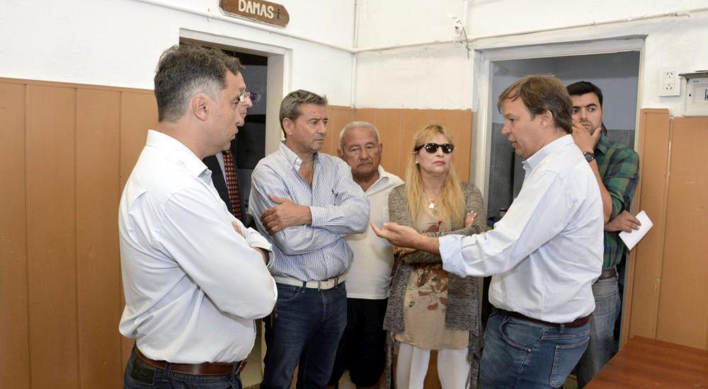 Cascallares supervisó las obras en la posta sanitaria El Hornero