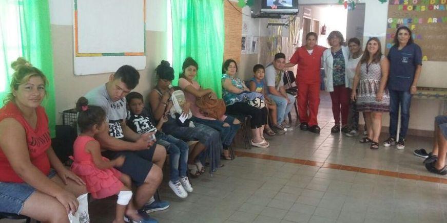 En salas de espera dan charlas de donación de órganos