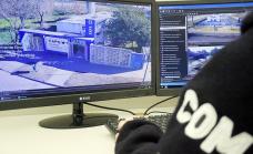 El Municipio coloca cámaras de seguridad, alarmas e iluminación en los Caps de Alte Brown